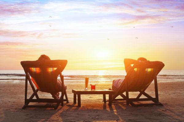 【不祥事の原因】病気休暇中の公務員が旅行に行くリスクと責任